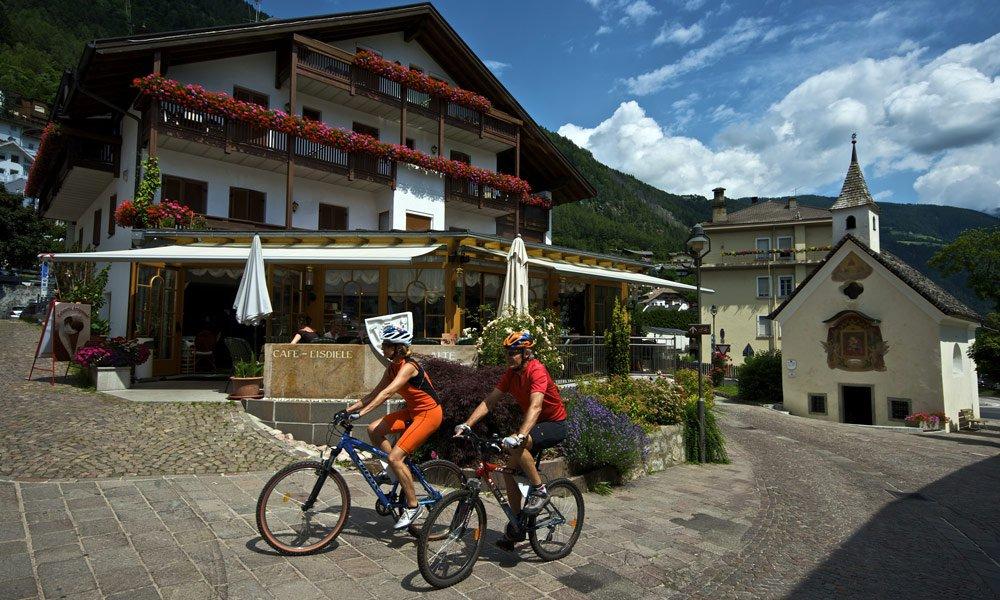 Discover wonders of Mühlbach / Meransen