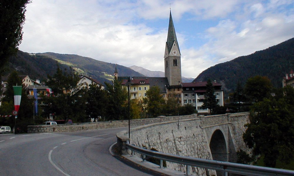 Which towns are located in the Gitschberg / Jochtal alpine region?