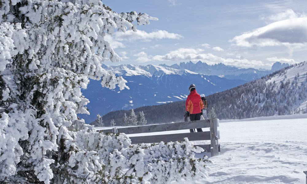 Winter hiking and snowshoeing in Vals: a very special experience